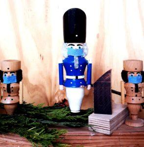 Holzkombinat - Corona im Advent